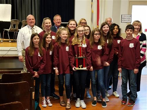 wlms battle of the books team with trophy