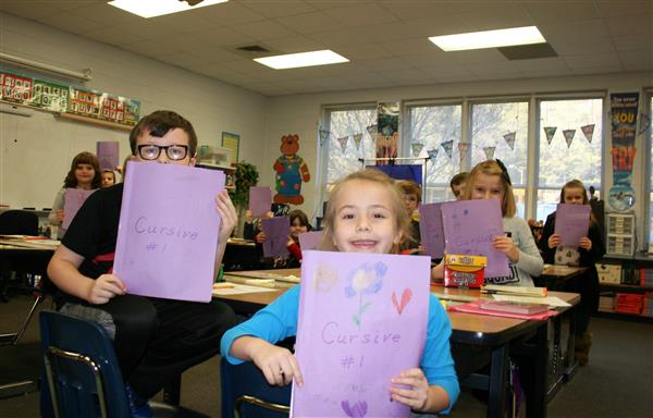 Collettsville Students Learn Cursive Handwriting